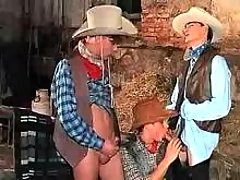 Teen cowboys participate irrumation
