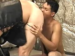 Asian homosexual whore first sucks off then gets hammered