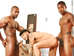 Draven services 2 strapping black movers that he couldn't pay