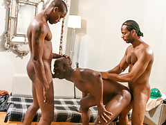 Construction workers Scorpio & Tone lay Astengo's firm ass