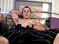 Best Straight Friends Upload Mutual Masturbation - Kelly Cooper & Ian Madrox