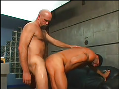 The boss acquires a fixed booty fucking in 4 episode