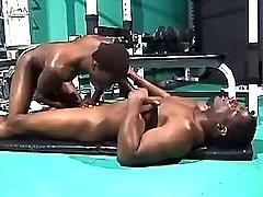 Black gay sucks chocolate weenie in gym
