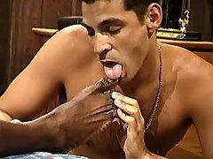 Black homo slut serving hungry hunk