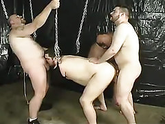 Fat homosexuals fuck every other in orgy