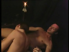Gay dude sub serves lusty daddy