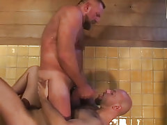 Bear man-lover swallows clammy cock cream in bathroom