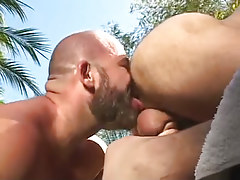 Bear chap licks out curly wazoo outdoor