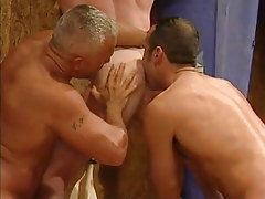 Mature gays take up with the tongue appetizing bendable ass in threesome