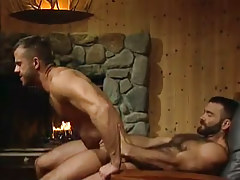 Horny bear dilf rides rough wang in quarters hunting