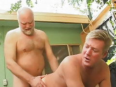 Hairy dad has intercourse poor dilf in doggy style