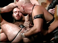 Hairy dilf fistfucked by seasoned bear fellow in fixation group sex