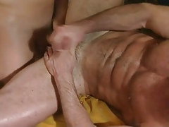 Hairy twink jizzes with shlong in arse