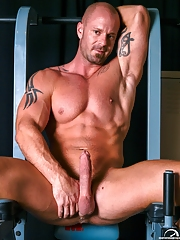 High Performance Men. Gay Pics 13